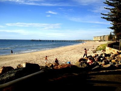 Glenelg apartment rental