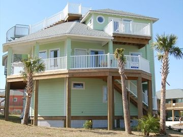 Port Aransas house rental - Three story with roof top deck for magnificant ocean views