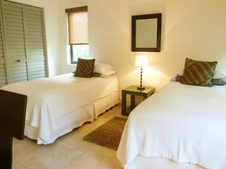 Boca Raton villa photo - 3rd guest bedroom - 2 twin beds.