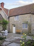 BETSY COTTAGE, character holiday cottage in Butleigh, Ref 3883