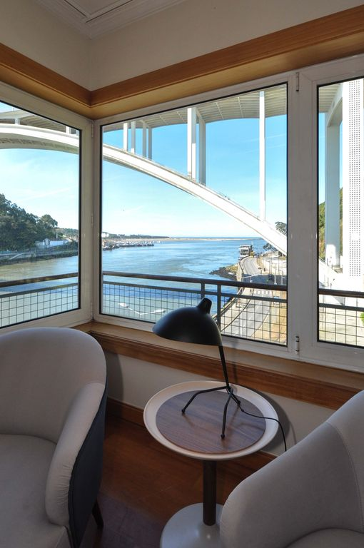one bridgeview - An exceptional two floor apartment right on the Douro River