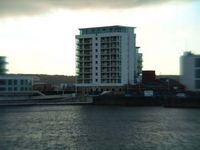 Stunning waterfront apartment in the heart of Cardiff Bay (See my reviews)