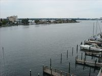 Clearwater Beach Inter-coastal: Large 3BR/3BA Top Floor Bay Harbor 503