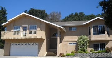 Atascadero house rental - BEAUTIFULLY FURNISHED 3 BEDROOM 2 BATHROOM HOME LOCATED CLOSE TO ALL.