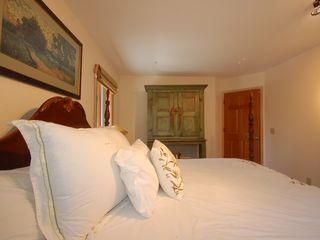 Wilson house photo - Guest Bedroom Queen Bed - Guest Bedroom Queen Bed