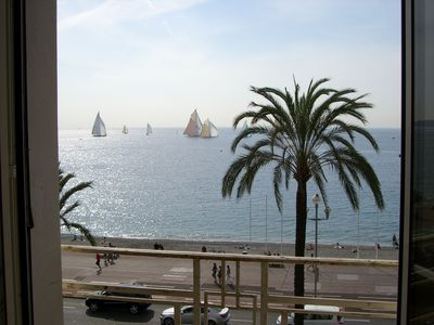Luxury 2 bedroom sea front apartment