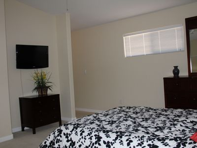 Master Bedroom with Flat Panel TV(cable).