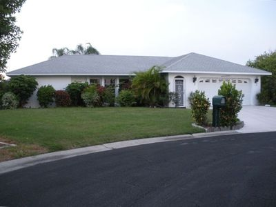Plantation house rental - Street view