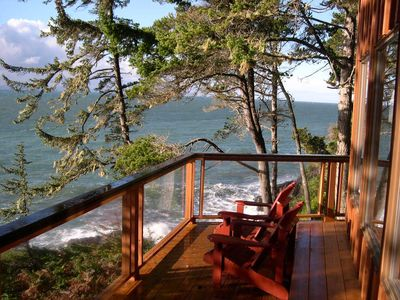 Spacious deck with ocean all around