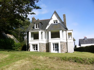 Large, nice house with panoramic views of the sea and coast