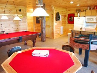 Helen cabin photo - Lower level game room