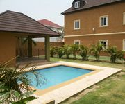 luxurious 3 Bedroom 3 Bathroom Villa, 2 Mins from New Kingston Business District