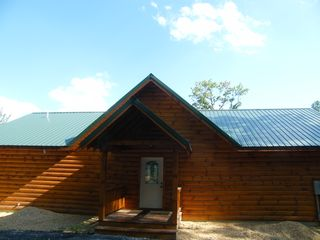 Luray cabin photo - Cabin has nice metal roof just like grandma use too