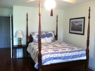 Bluffton house photo - Queen size bed, private bath, walkin closet. View of river, door to front porch