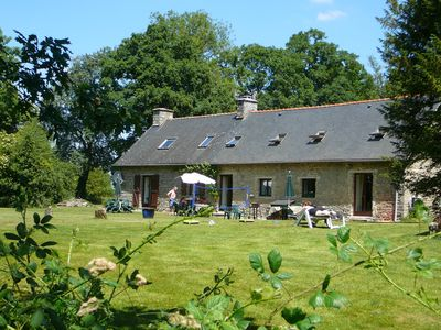 Totally relax in beautifully renovated 17th century cottages with heated pool - Yew
