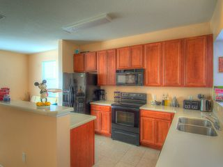 Crestwynd Bay townhome photo - Fully Equipped Kitchen