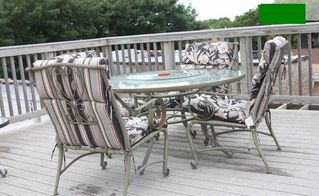 Chicago apartment photo - The comfortable patio furniture on our deck