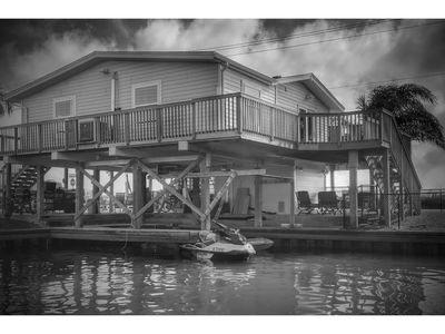 NEW FALL RATES!!  2 BR/ 1BA waterfront canal house. WITH KAYAKS AND SUNSET VIEW!
