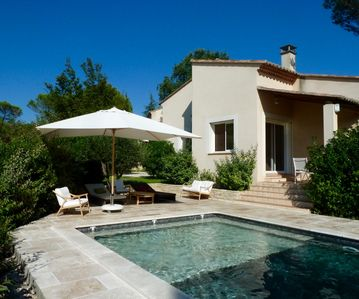 Close to the sea and the Petite Camargue, beautiful villa with garden and pool