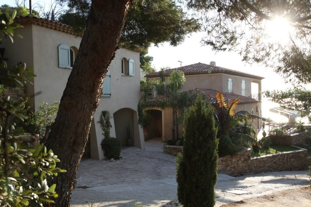 Holiday house, 260 square meters , Carqueiranne, France