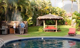 Lahaina condo photo - Why go out when you BBQ right next to the pool?