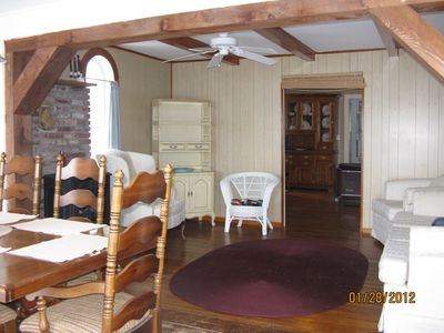 Weirs Beach cottage rental - Dining/living room