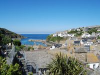 Fishermans cottage in the heart of Port Isaac village with parking