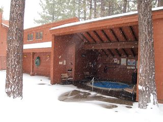 Mammoth Lakes townhome photo - Hot Tub