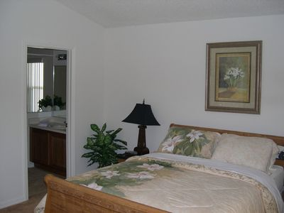 Bridgewater Town Centre villa rental - Second Master Bedroom with En-suite