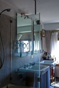 Master bathroom with Murano glass mosaic