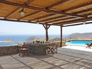 Mykonos villa photo - Al-fresco dining for eight guests