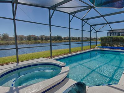 Lake Front!! PRIVATE SOUTH FACING POOL/Spa 6 BR/4 Bath/ Only 9M To Disney!