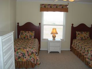 Fort Morgan house photo - Twin beds w/new Serta matresses, TV w/DVD player, large chest of drawers.