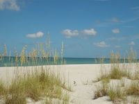 Captiva Vacation Home: comfort, private pool, dock, 300 steps from the beach