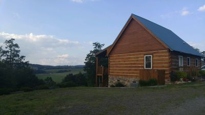 Ultimate Getaway off the BR Parkway. Close to Mabry Mill, views, and winery