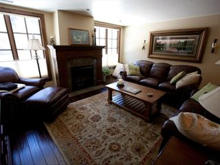 Avon condo photo - Relax and enjoy the comfort of this living room.