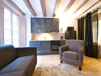 The Ramblas C Studio is a cosy nest in the heart of the city. 20 st...