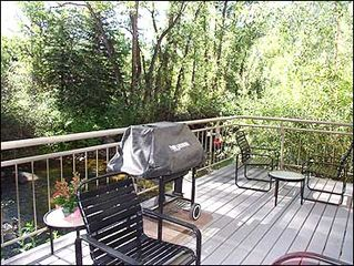 Aspen townhome photo - Private Deck w/ BBQ