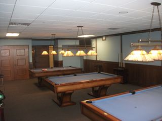 Arrowhead Lake chalet photo - Pool Room