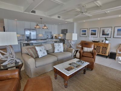 25' wide Great Room w/ fireplace, 55' Flat Screen HD/3D LED TV, Ocean Views!
