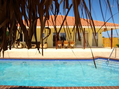 Aruba villa rental - View under palappa