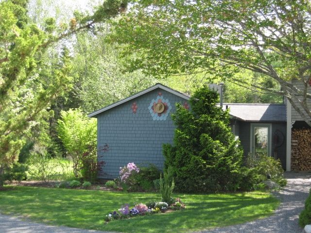 Unique Somesville cottage near ocean and lakes