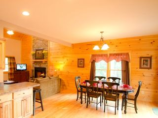 Ellijay cabin photo - Dining area with seating for 6 plus 2 at the bar