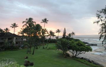 Wailua condo rental - Sunrise View from the Main Lanai