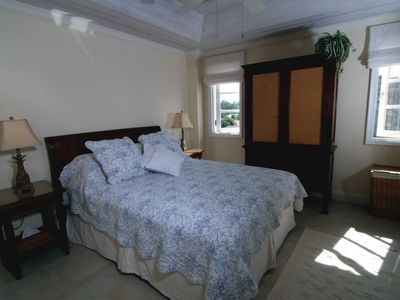 Bedroom 3, queen size bed, full ensuite