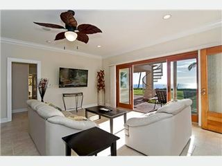 Lahaina house photo - Living and entertainment area