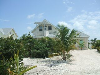 Providenciales - Provo cottage photo - Private drive
