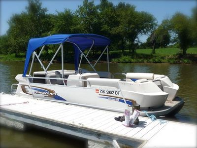 Rent our Pontoon Boat during your stay at the Lake House