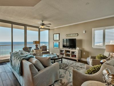 5 STAR VIEWS AND REVIEWS!! 2 Panoramic Balconies! 3 bedroom at 2 bedroom prices!