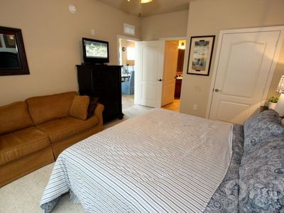 Davenport condo rental - Comfortable king master